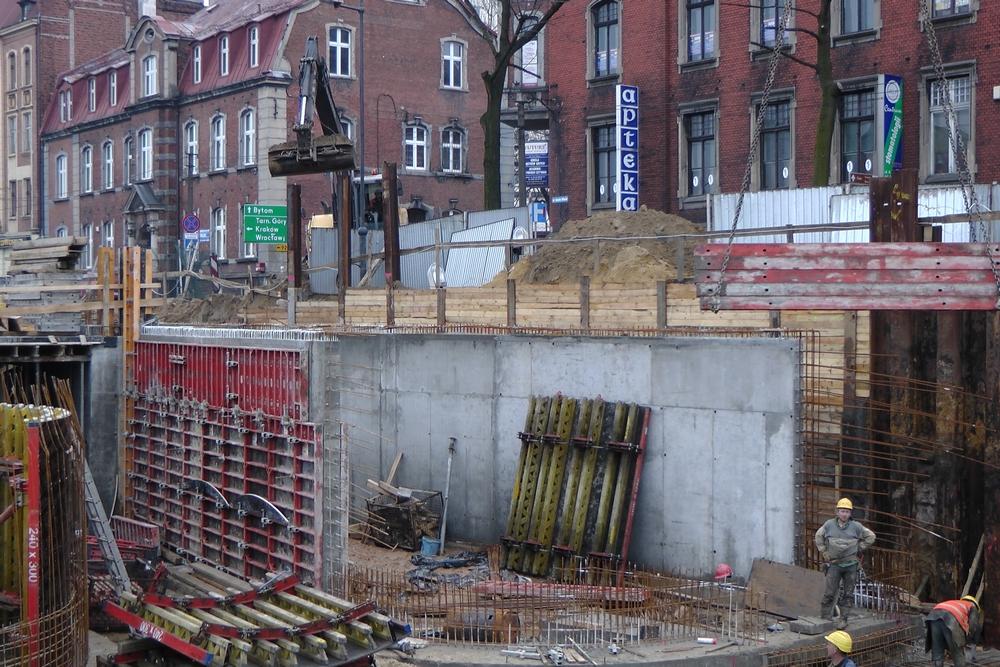 Budowa portu - wylotu Sztolni w centrum Zabrza (rok 2012)<p> <a href=''></a></p>
