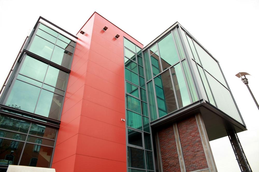 Ukończony wylot Sztolni i budynek obsługi turystów<p> <a href=''></a></p>